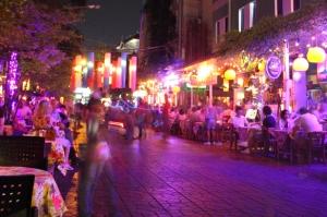 Deretan restoran di Jalan Soi Rambuttri